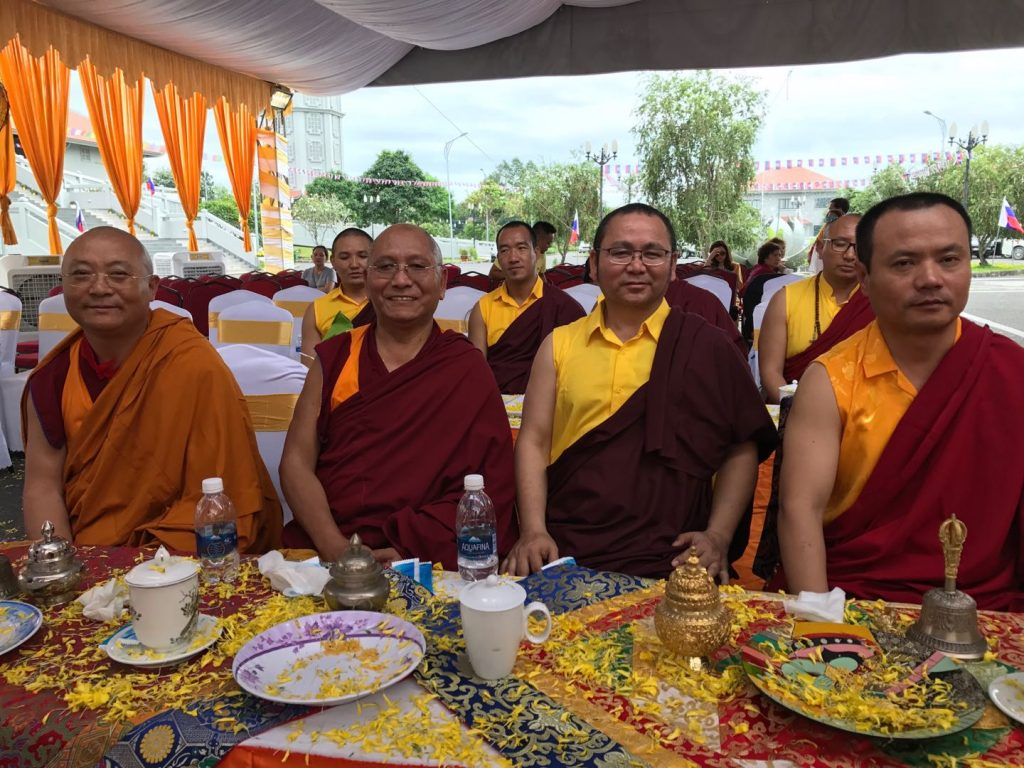 Instatement of H E  Asanga Rinpoche and Installation of H H